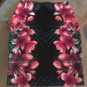 Apt. 9 Pull on Tropical Floral Scarf Print Skirt
